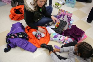 "Las Vegas Hospitality Association Delivers ""Bags of Cheer"" to Children In Need"